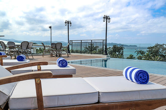 feliz-hotel-boracay-pool
